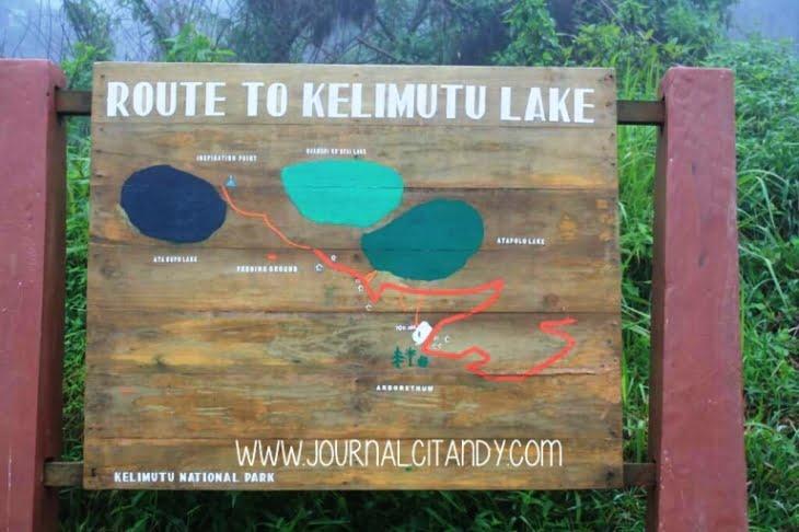 Taman Nasional Kelimutu Danau Kelimutu