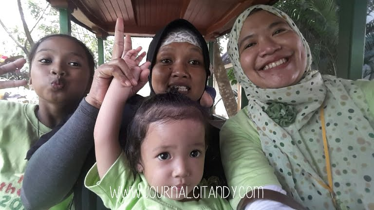 Wahana di Jungle Land